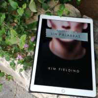 """""""Sin palabras"""", de Kim Fielding"""